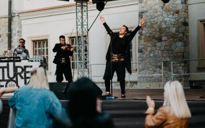 """Future Folk – koncert """"Festiwal na Styku Kultur """""""